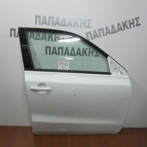 suzuki vitara 2015 porta empros dexia lefki 300x300 Suzuki Vitara 2015  πόρτα εμπρός δεξιά λευκή