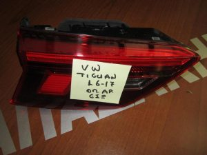 vw tiguan 2016 2017 fanari piso aristero esoteriko led 300x225 VW Tiguan 2016 2018 φανάρι πίσω αριστερό εσωτερικό LED