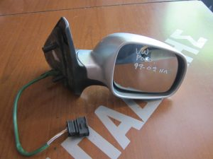 vw polo 1999 2002 kathreptis dexios ilektrikos asimi 300x225 VW Polo 1999 2002 καθρέπτης δεξιός ηλεκτρικός ασημί