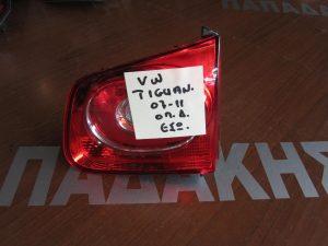 vw tiguan 2007 2011 fanari piso dexio esoteriko 300x225 VW Tiguan 2007 2011 φανάρι πίσω δεξιό εσωτερικό