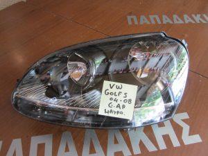 vw golf 5 2004 2008 fanari ebros aristero mavro fonto im 300x225 VW Golf 5 2004 2008 φανάρι εμπρός αριστερό μαύρο φόντο (IM)