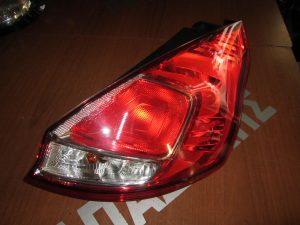 ford fiesta 2013 2017 piso dexio fanari 300x225 Ford Fiesta 2013 2017 πίσω δεξιό φανάρι
