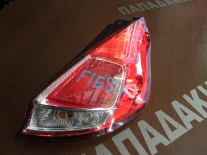 ford fiesta 2013 2016 piso fanari dexio 300x225 Ford Fiesta 2013 2016 πίσω φανάρι δεξιό
