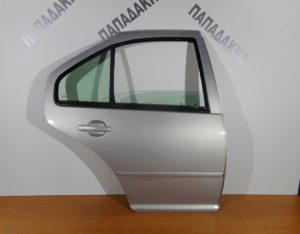 VW Bora 1998-2005 πόρτα πίσω δεξιά ασημί