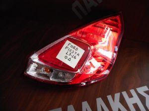 ford fiesta 2013 2016 fanari piso dexio 300x225 Ford Fiesta 2013 2016 φανάρι πίσω δεξιό