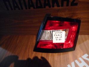 skoda fabia 2014 2018 fanari piso dexi 300x225 Skoda Fabia 2014 2018 φανάρι πίσω δεξί