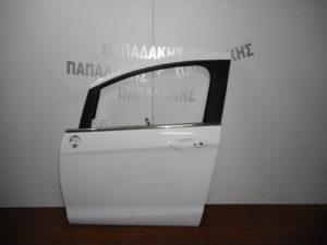 ford b max 2012 2018 porta empros aristeri aspri 300x225 Ford B Max 2012 2018 πόρτα εμπρός αριστερή άσπρη