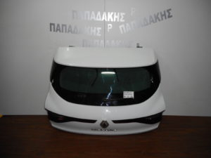 renault megane 2016 2018 porta piso 5i aspri 300x225 Renault Megane 2016 2020 πόρτα πίσω 5η άσπρη