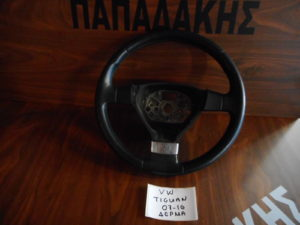 vw tiguan 2007 2016 volan timonioy mayro derma 300x225 VW Tiguan 2007 2016 βολάν τιμονιού μαύρο δέρμα
