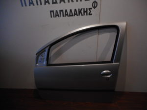 Toyota Aygo/Citroen C1/Peugeot 107 2006-2014 εμπρός αριστερή πόρτα ασημί