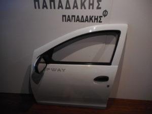 Dacia Sandero 2012-2017 πόρτα εμπρός αριστερή άσπρη