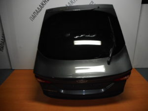 ford mondeo 5thyro 2014 2018 opisthia porta 3i 5i port mpagkaz molyvi 300x225 Ford Mondeo 5θυρο 2014 2018 οπίσθια πόρτα 3η/5η (πορτ μπαγκάζ) μολυβί
