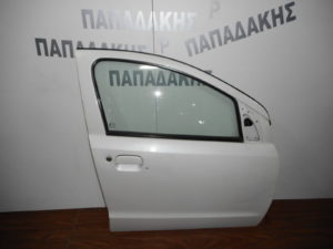 nissan pixo suzuki alto 2008 2014 porta empros dexia aspri 300x225 Nissan Pixo/Suzuki Alto 2008 2014 πόρτα εμπρός δεξιά άσπρη