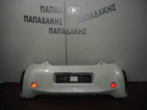 toyota iq 2009 2016 piso profylaktiras aspros 300x225 Toyota IQ 2009 2016 πίσω προφυλακτήρας άσπρος