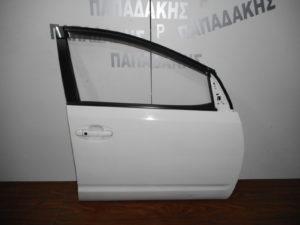toyota prius 2004 2009 porta empros dexia aspri 300x225 Toyota Prius 2004 2009 πόρτα εμπρός δεξιά άσπρη