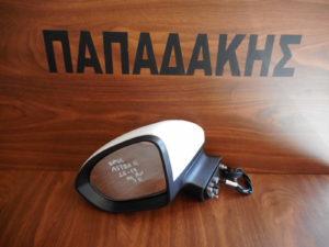 opel astra k 2016 2019 ilektrika anaklinomenos aristeros kathreptis aspros 7 kalodia 300x225 Opel Astra K 2016 2019 ηλεκτρικά ανακλινόμενος αριστερός καθρέπτης άσπρος 7 καλώδια