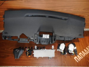 set airbag toyota iq 2009 2016 mayro 300x225 Σετ AirBag Toyota IQ 2009 2016 μαύρο