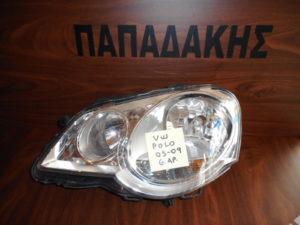 vw polo 2005 2009 fanari empros aristero 300x225 VW Polo 2005 2009 φανάρι εμπρός αριστερό