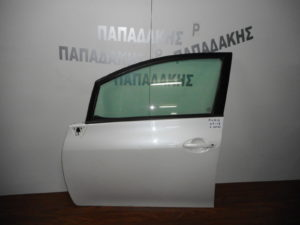 Toyota Auris 2007-2013 πόρτα εμπρός αριστερή άσπρη