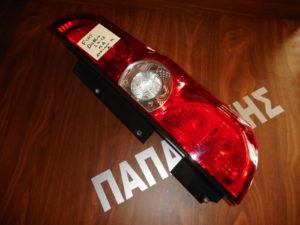 fiat doblo opel combo 2010 2015 fanari piso dexio porta dyfylli 300x225 Fiat Doblo/Opel Combo 2010 2015 φανάρι πίσω δεξιό πόρτα δύφυλλη