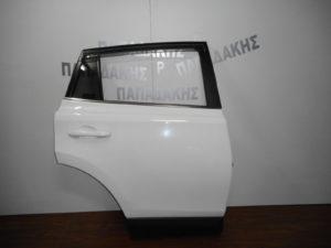 toyota rav 4 2013 2019 porta piso dexia aspri 300x225 Toyota Rav 4 2013 2019 πόρτα πίσω δεξιά άσπρη
