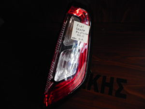 Fiat Grande Punto Evo 2009-2015 φανάρι πίσω δεξιό (οβάλ φις)