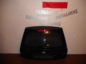 ford fiesta 2002 2008 opisthia porta 5porto mayri me tzami fime 300x225 Ford Fiesta 2002 2008 οπίσθια πόρτα 5πορτο μαύρη με τζάμι φιμέ