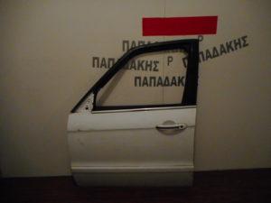 ford s max 2007 2015 porta empros aspri aristeri 300x225 Ford S Max 2007 2015 πόρτα εμπρός αριστερή άσπρη