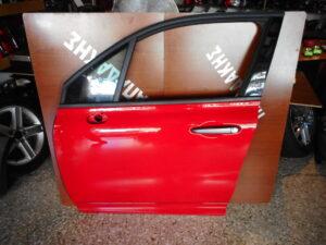 fiat 500x 2014 2020 empros aristeri porta kokkini 300x225 Fiat 500X 2014 2020 εμπρός αριστερή πόρτα κόκκινη