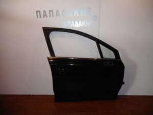 citroen c4 2011 2020 empros dexia porta mayri 300x225 Citroen C4 2011 2020 εμπρός δεξιά πόρτα μαύρη