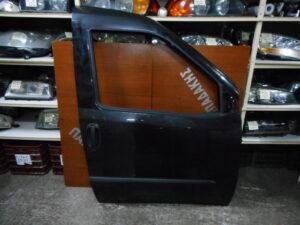 fiat doblo 2010 2019 empros dexia porta anthraki 300x225 Fiat Doblo 2010 2019 εμπρός δεξιά πόρτα ανθρακί