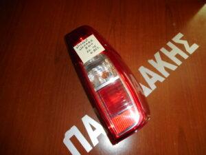 nissan navara d40 2010 2014 piso dexio fanari 300x225 Nissan Navara D40 2010 2014 πίσω δεξιό φανάρι