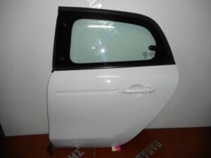 smart forfour 2014 2020 piso aristeri porta aspri 300x225 Smart ForFour 2014 2020 πίσω αριστερή πόρτα άσπρη