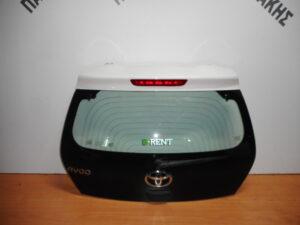 toyota aygo 2014 2020 opisthia porta 5i aspri 300x225 Toyota Aygo 2014 2020 οπίσθια πόρτα (5η) άσπρη