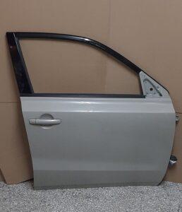 Suzuki Vitara 2015-2020 εμπρός δεξιά πόρτα κρεμ